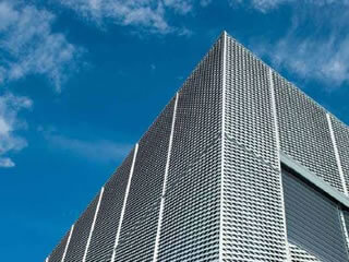 Expanded metal mesh building roof (Cresta Mall)