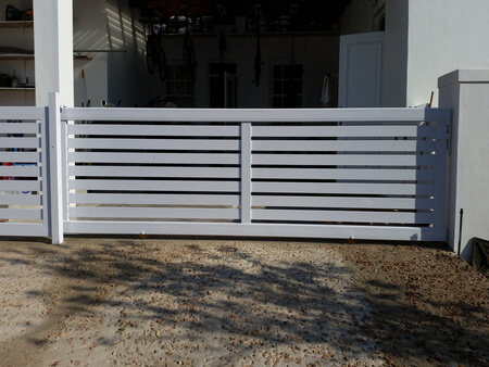 Aluminium gates that are custom made to fit your property for Aluminum driveway gates prices
